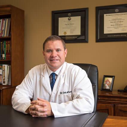 Chiropractor Oakdale, Dr. Delaforest