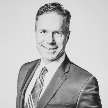 Chiropractor Northwest Calgary, Dr. Michael Schmolke