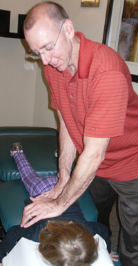 Scottsdale Chiropractor, Dr. Hoffer prides himself with explaining everything first.