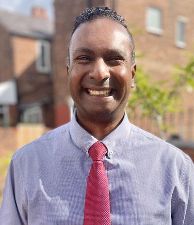 Dr Kumaran Pillay