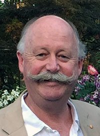 Photo of Dr Peter Cowie