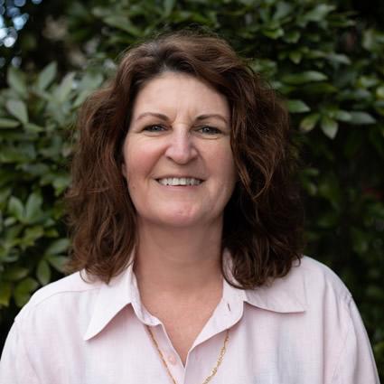 Dr. Sally  Horsfield