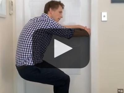 tn-doorhandle-squats