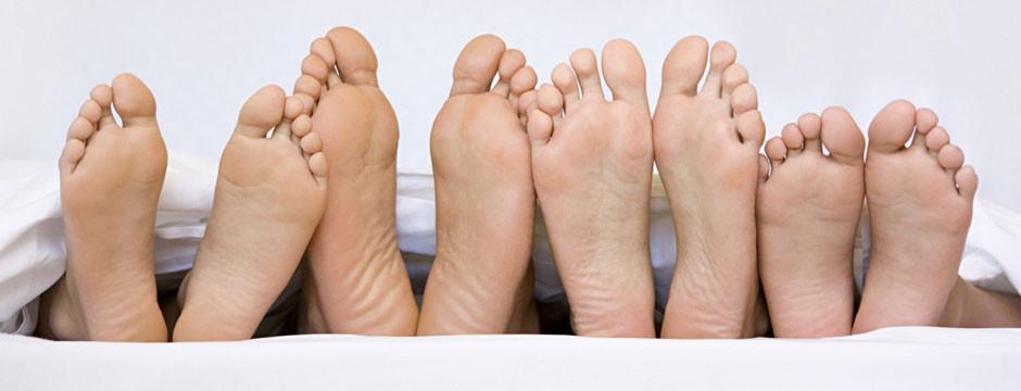 Chain of feet