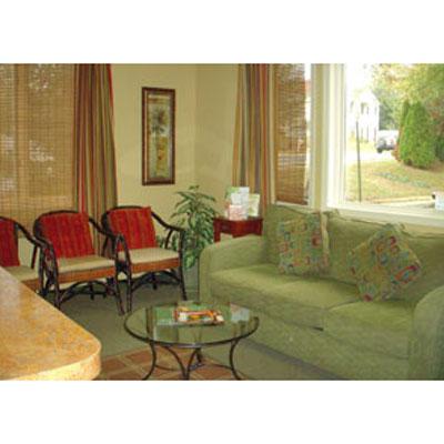 Stynchula Wellness & Sports Rehab Center: Waiting Room