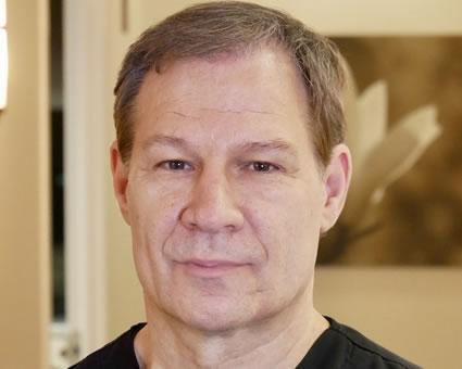 Dr Todd Mizzer