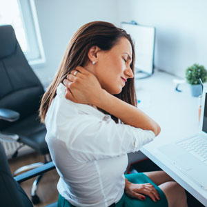 woman-working-with-neck-pain-sq-300