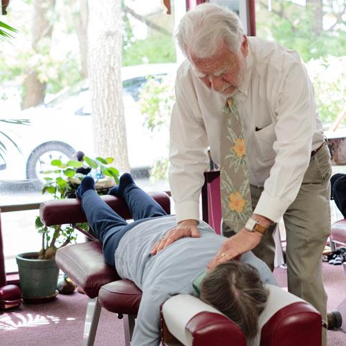 group-chiropractic-adjustments