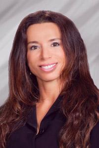 Chiropractor, Dr. Sarah Apollo