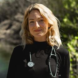 Dr. Amber Knott, ND