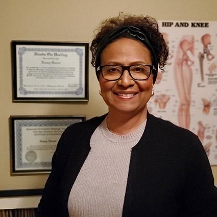 Nancy Durán Aquino, Edmonton Pain & Injury Clinic RMT