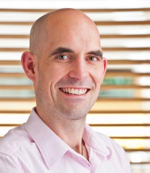 Dr Glenn Frederickson