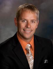 Dr. Erik Isaacson