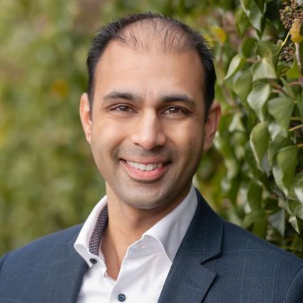 Dr. Khalid Alibhai headshot