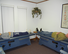 The rollers in the table go up and down your spine, feel great, and have many helpful benefits!