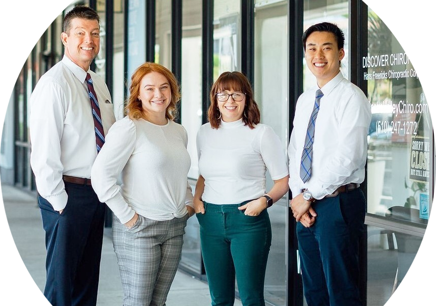 Discover Chiropractic team outside