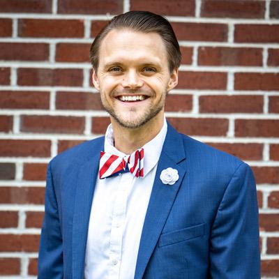 Chiropractor Fishers, Dr. Jordan Burns