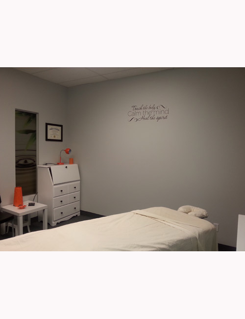 massage-therapy-room