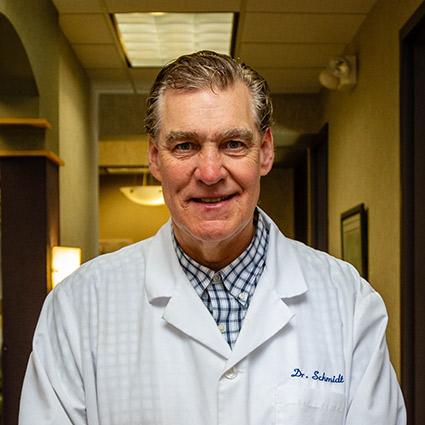 Chiropractor Woodbury, Dr. Thomas Schmidt