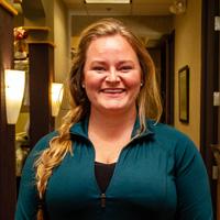 Rebecca Edwards, Schmidt Chiropractic Clinic massage therapist