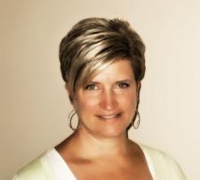 Wauwatosa Chiropractor Dr. Sarah Smasal