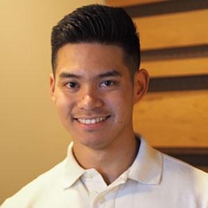 Cameron Rueda, Assistant chiropraticien