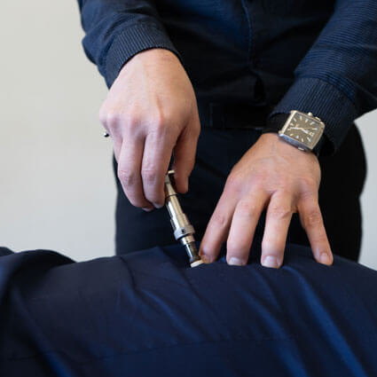 Torque instrument adjustment on back