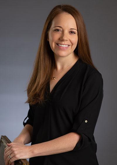 Dentist Amy Mohr