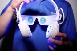 holding-headphones