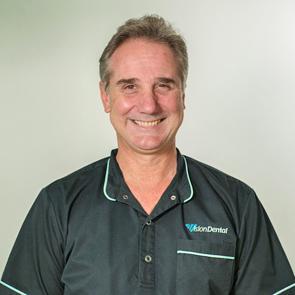 Dr Stephen Suster