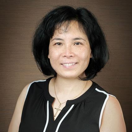 Dr. Yuen Yee headshot