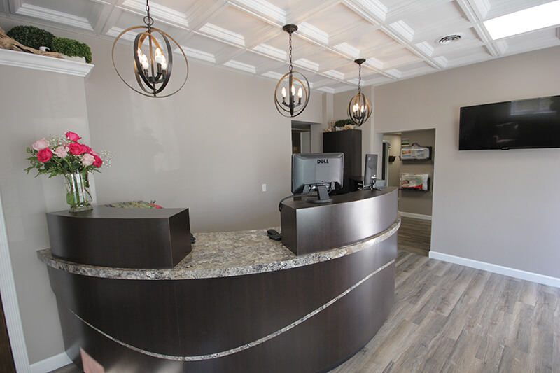 Chiropractor Royal Oak Reception Desk