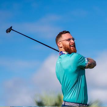 a golfer's swing