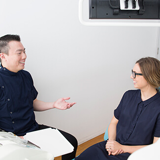 Consultation with Dentist Canterbury, Dr. Tong