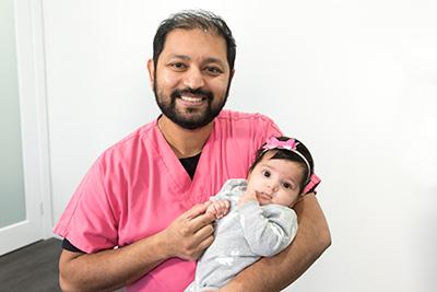 dr-hitesh-gupta-with-child-2