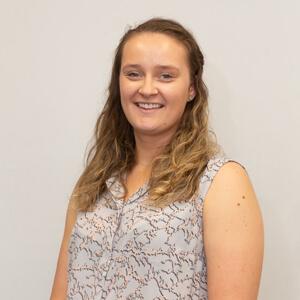Dr Emma Rutkis, Sports Chiropractor