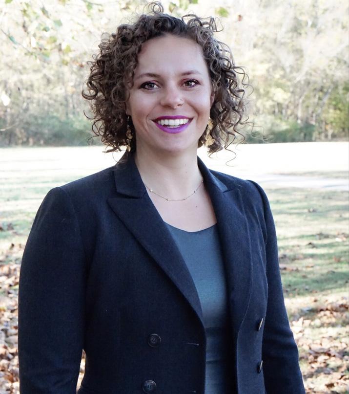 Dr. Erin headshot