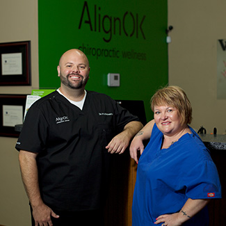 Dr. Kyle and Jill at the front desk