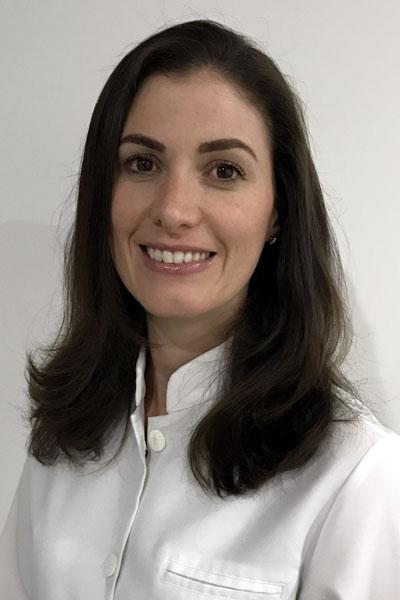Dr Luiza Pasqual dentist