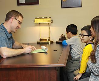 Dr. Steve talkign with patients