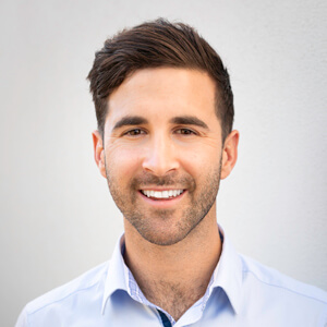 Dr James Levien, Chiropractor