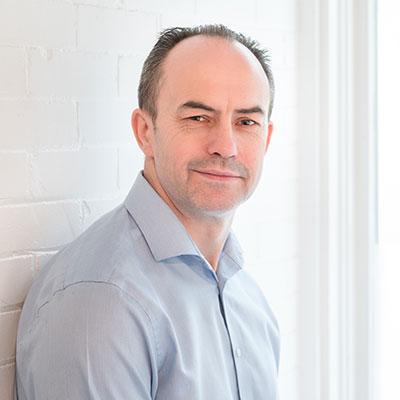 Chiropractor Ottawa, Dr. Craig Hindson