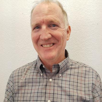 Chiropractor Lakewood, Dr. Peter Halvorson