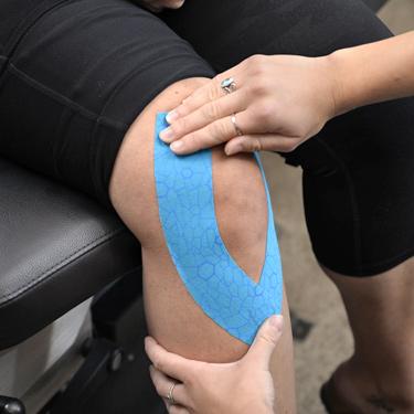 Kinesio Taping on knee