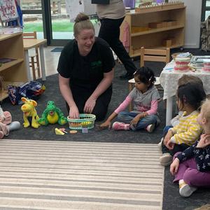 kinder workshop Kerry with children smiling