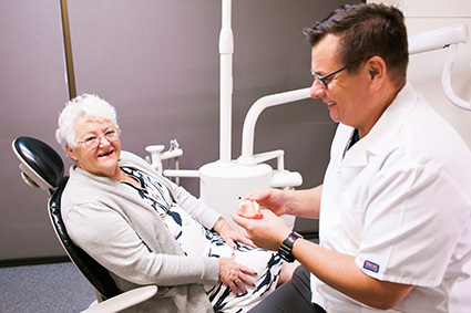 Dr Fraser explaining procedure to patient