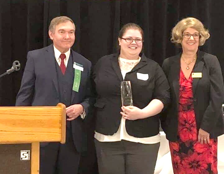 Dr Agie and Iwona receive Rookie of the Year Award