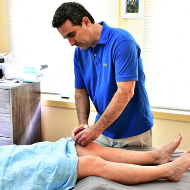Acupuncture in knee
