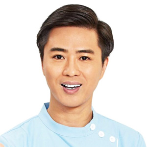Dr Kwok Chang, Dentist