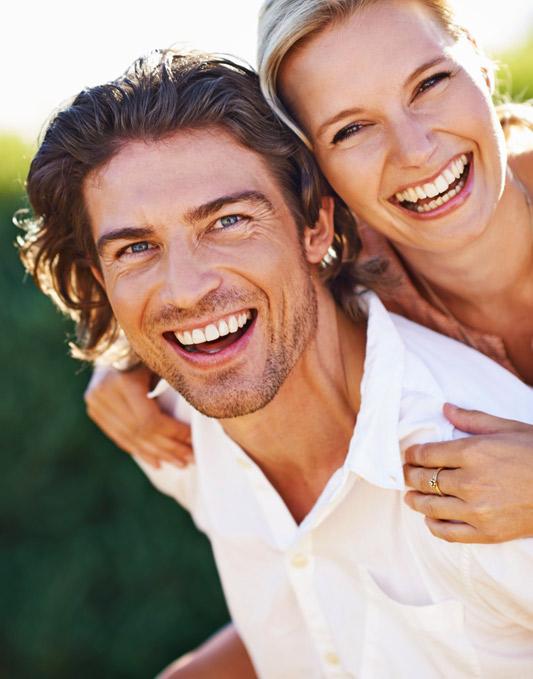 playful-couple-smiling